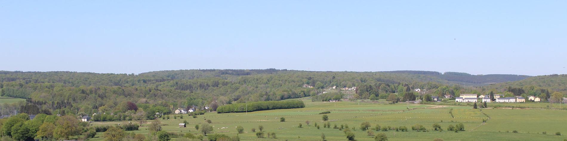 Panorama - derrière l'église de Florenville