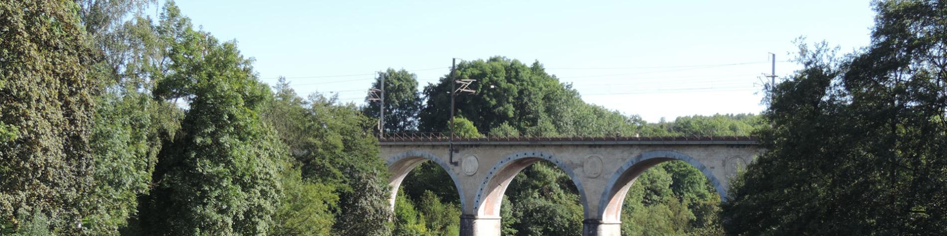 Circuit - ponts - Florenville - Balade vélo - moto - auto - Pont Lacuisine