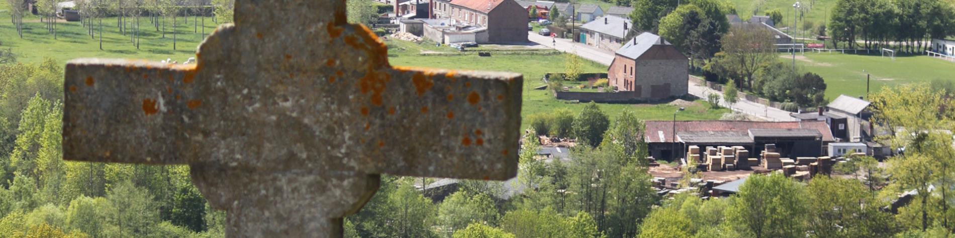 Roche à Lomme - Wallonie insolite