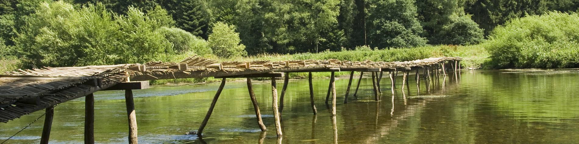 Laforêt - Pont de Claies - passage - eau