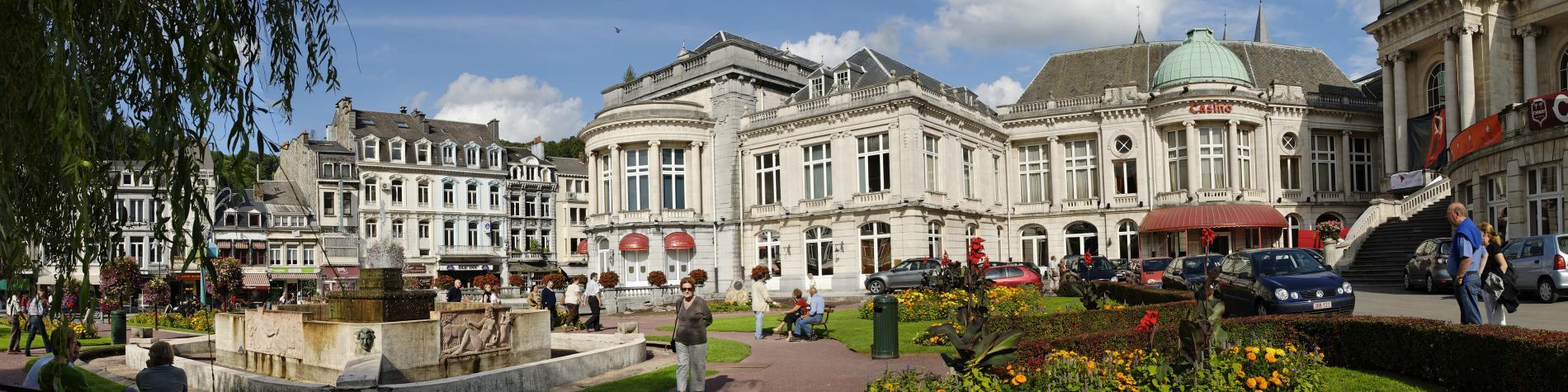 Casino - Spa - façade - fontaine