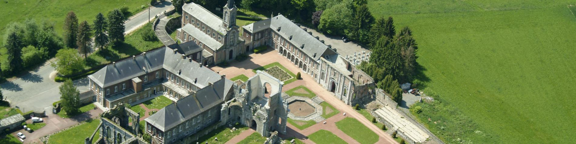 Abbaye d'Aulne - Gozée - moines cisterciens