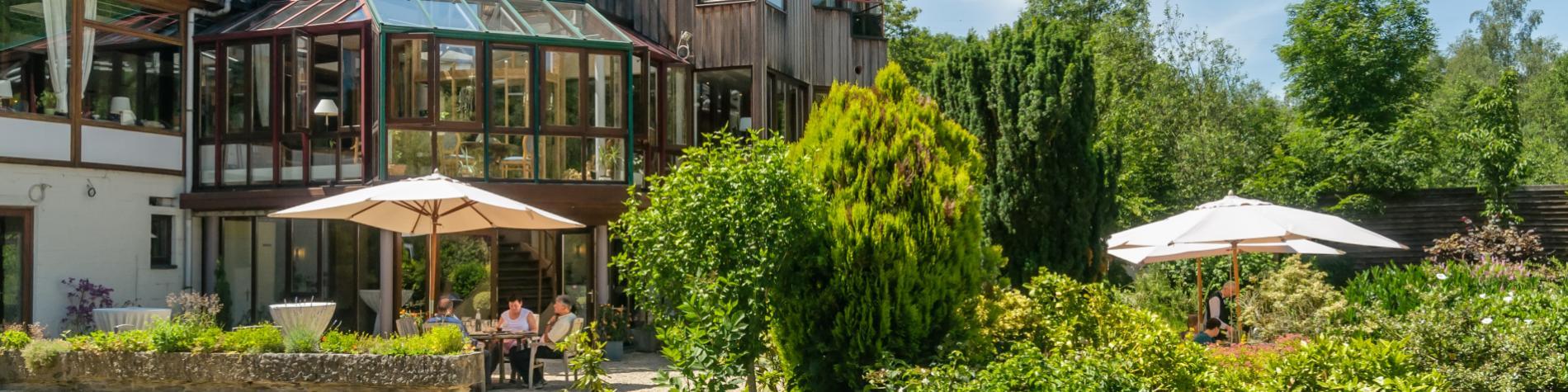 Ontdek Hostellerie La Claire Fontaine in La Roche-en-Ardenne