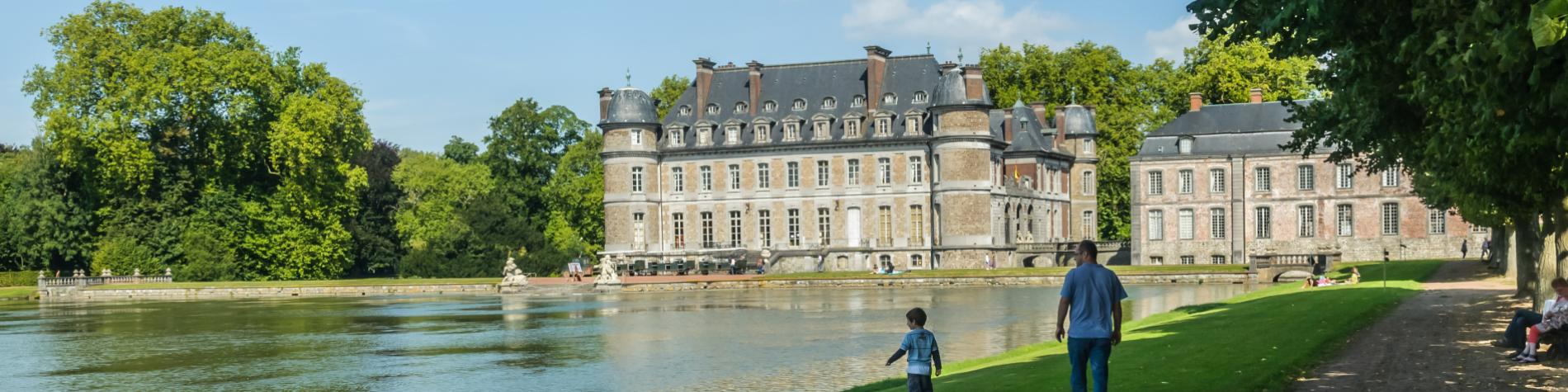 Découvrez le Château de Beloeil et son parc, en province de Hainaut