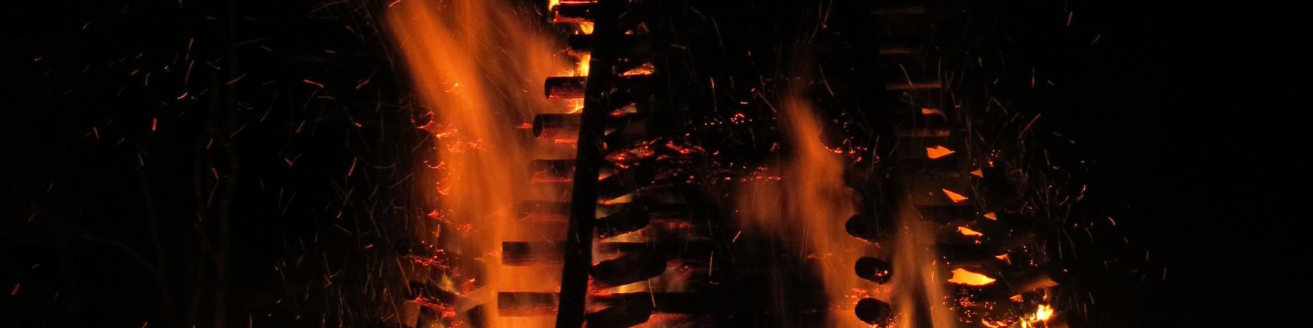 La Nuit de la Sorcière, Grand Feu à Arlon en Province de Luxembourg
