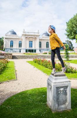 Enfant - statue - Liege - La Boverie