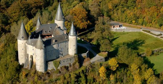 Come and visit the Château de Celles-Vêves